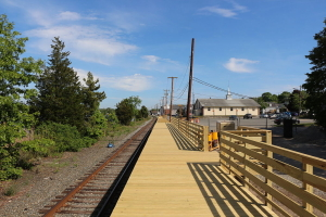 Wareham_platform_construction,_June_2014_(1)